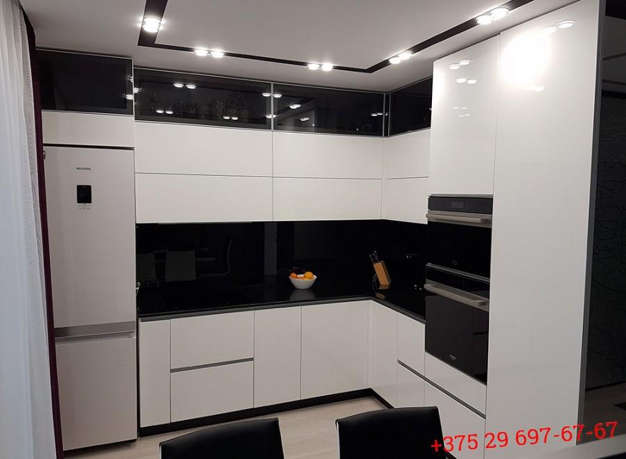 Кухня без ручек №06