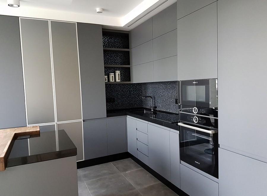 Кухня без ручек №04