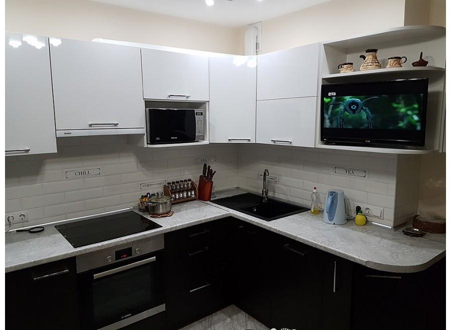 Кухня из пластика №04